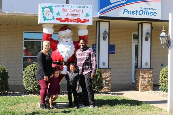 Santa Claus Post Office Family